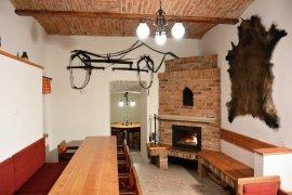 Stylová vinárna na Bartošově peci